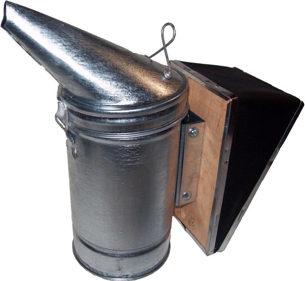 Dūmeklis ar noņemamu plēšu (ar pulverkrāsu krāsota tērauda)